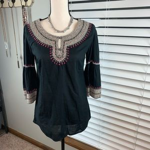 Lucky Brand Top black w/ bell sleeves size small
